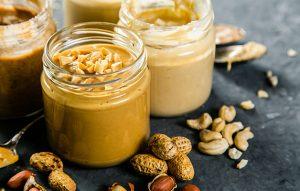 Je arašidovo maslo zares zdravju prijazno?